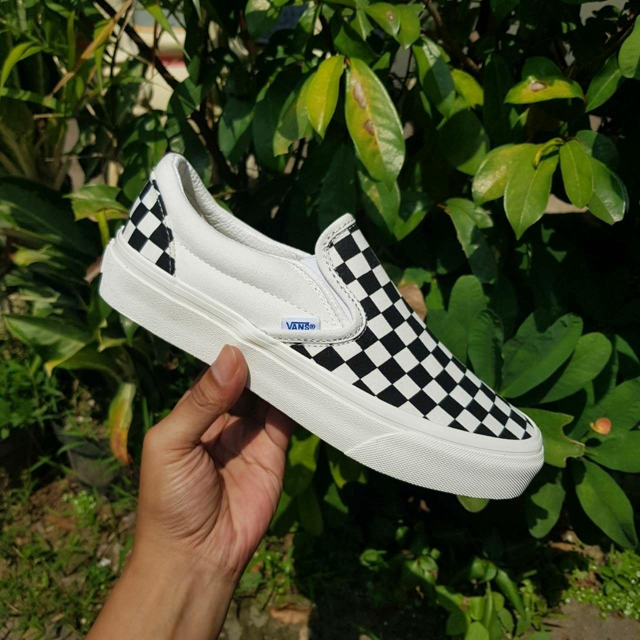 Fitur Promo Sepatu Vans Slip On Checkerboard Black White Dan Harga ... 6499bbb4c3