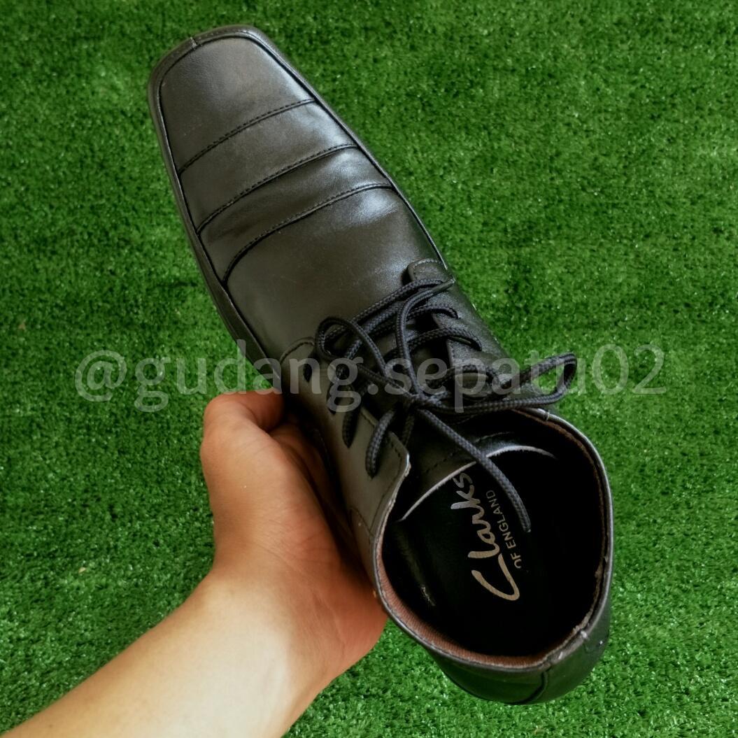 ... Sepatu Clarks Pantofel Formal Pria Kulit Asli High Tali Terlaris - 4 ... 276baf5121