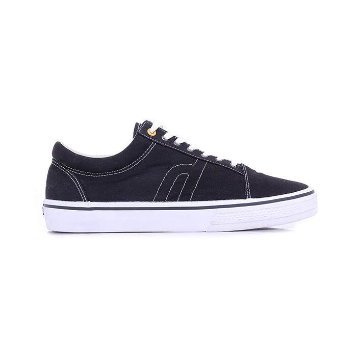 Sneakers Pria HRCN H 5600 HITAM