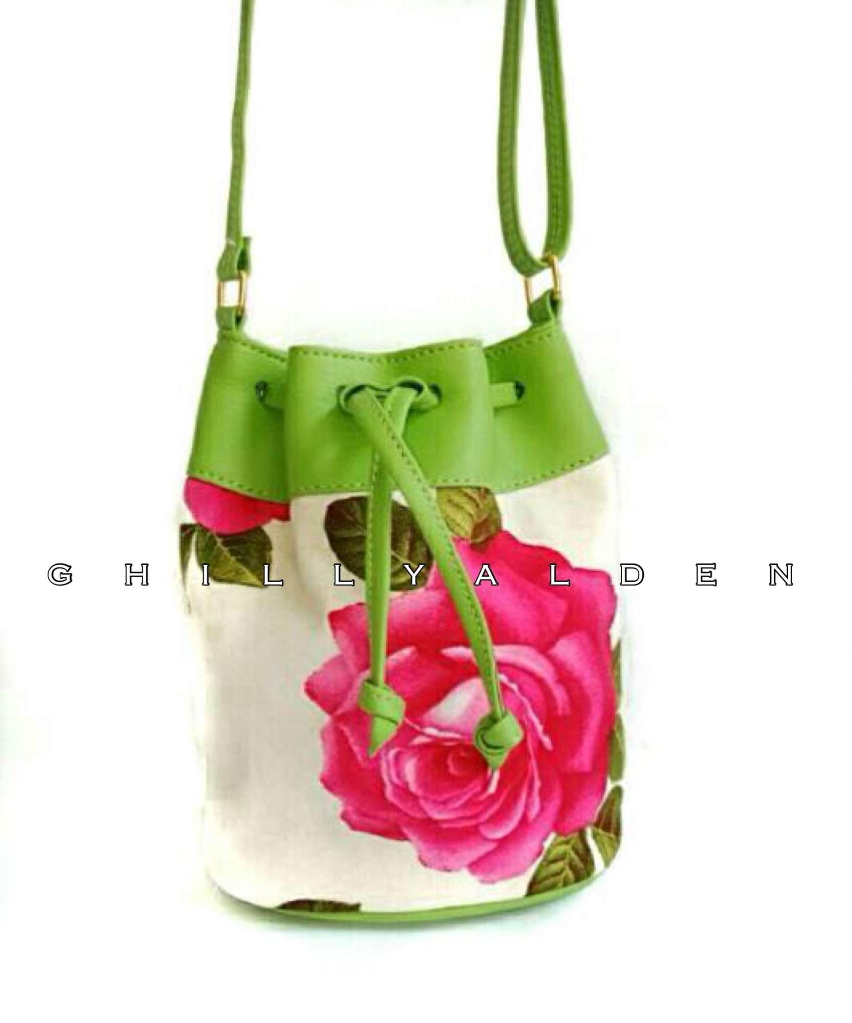 Detail Gambar Ghilly Flowy Mini Sling Bag Tas Selempang Murah Terbaru be5176f767