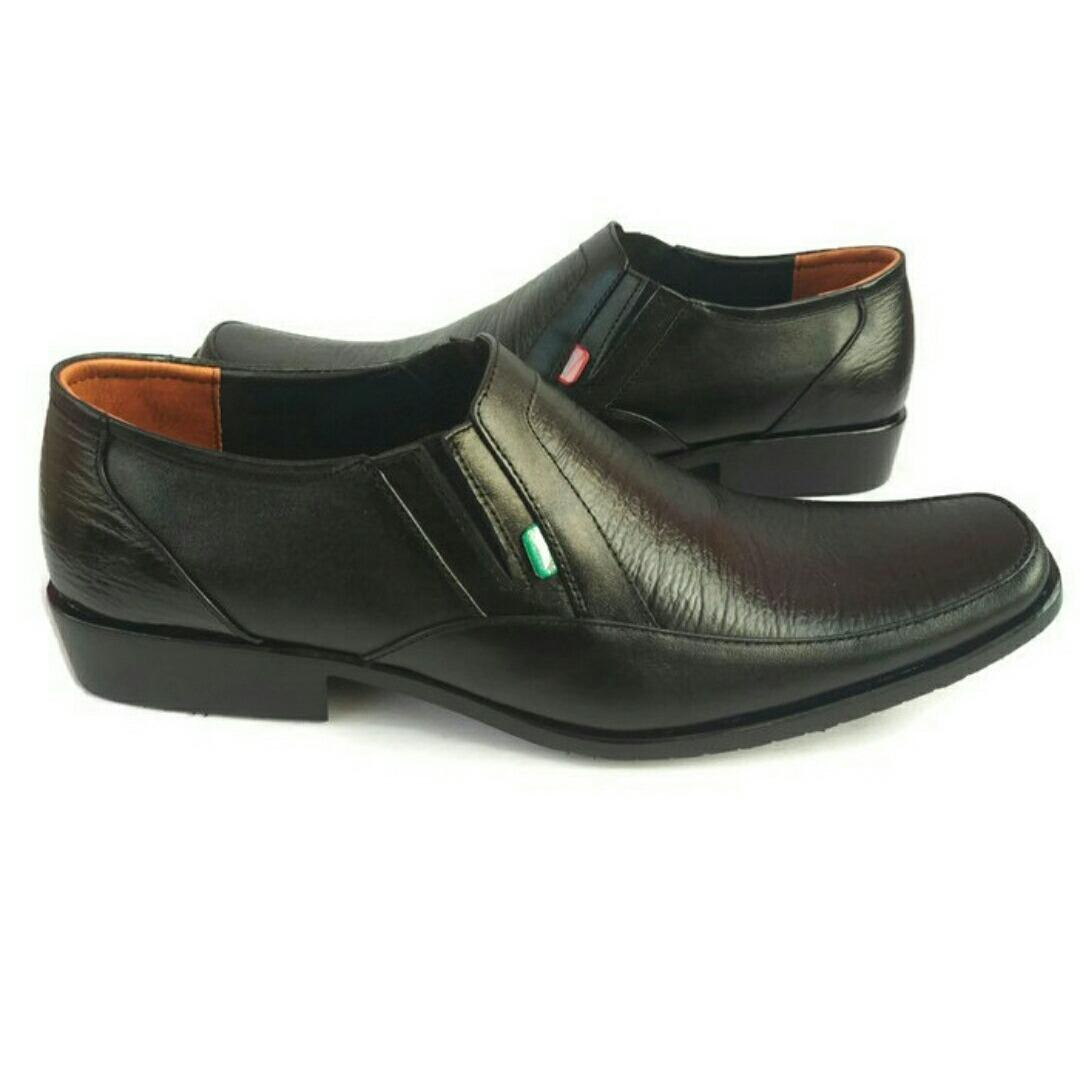 Spesifikasi Sepatu Kulit Pria Sepatu Pria