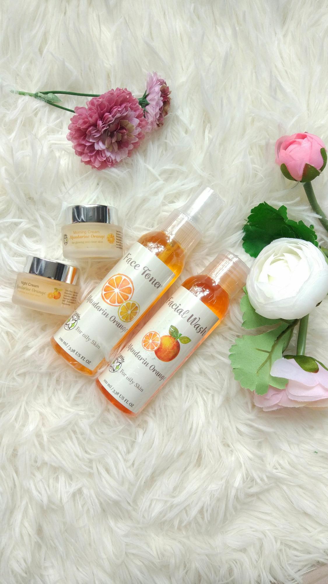 Berapa Harga Krim Pagi Pemutih Wajah Berminyak Zwaine Mandarin Cream Cr Original Biru Paket Orange Series