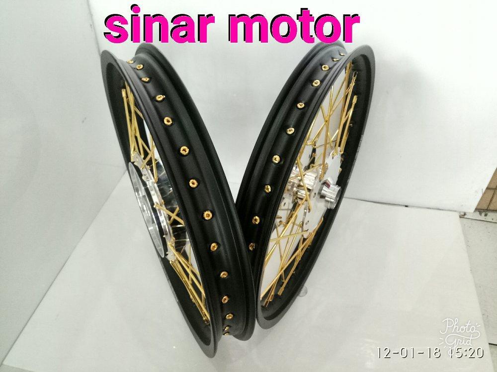 Velg Sepaket Rossi ukr 140-140 ring 17 Motor Jupiter. Vega Z