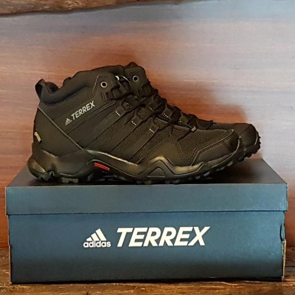 Best Promo! Sepatu Gunung Adidas TERREX AX2R MID GTX Outdoor Original