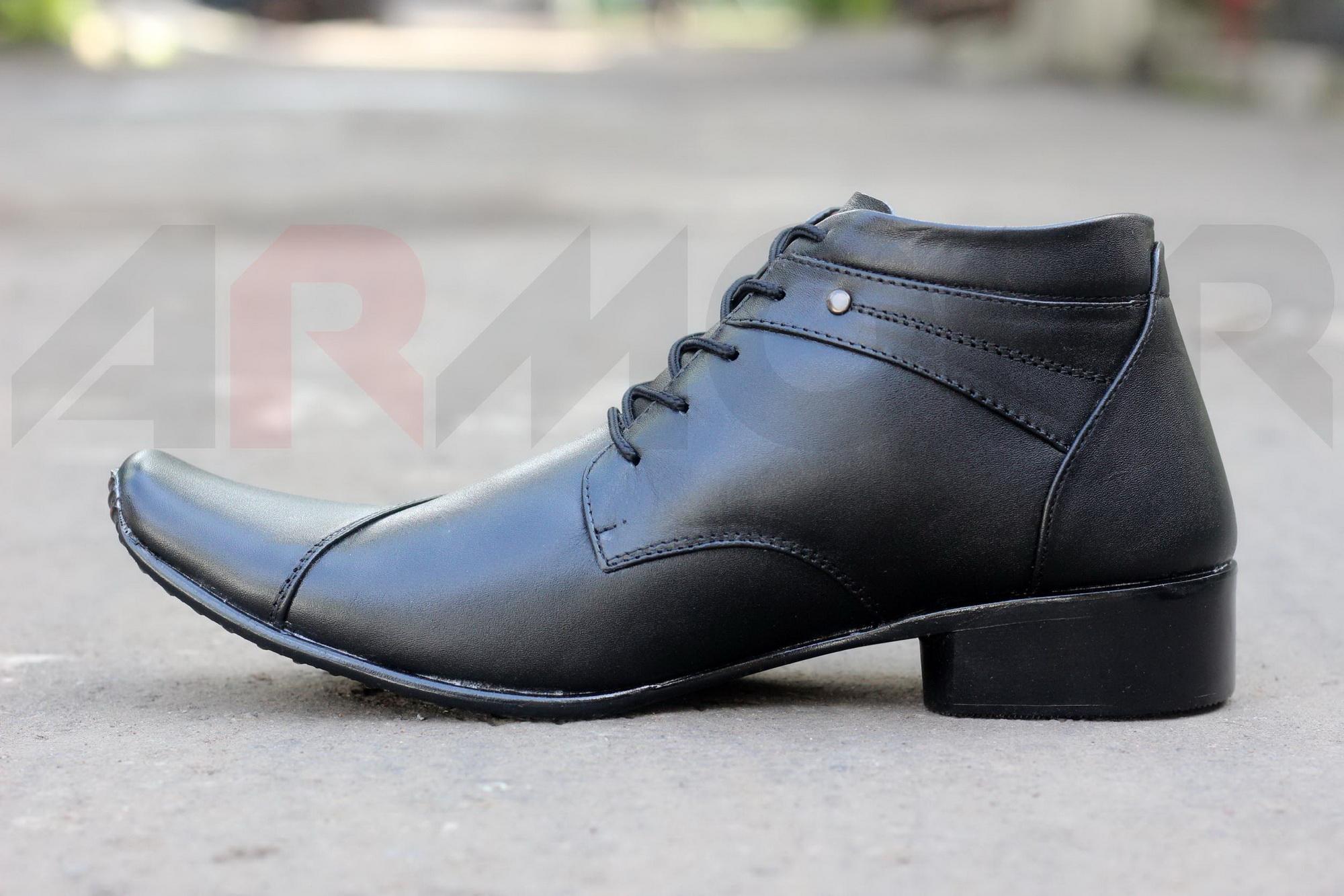 Sepatu Pantofel Pria Kulit Asli Armour High Roma Formal Kerja Kantoran Slop  Casual . da920cb223