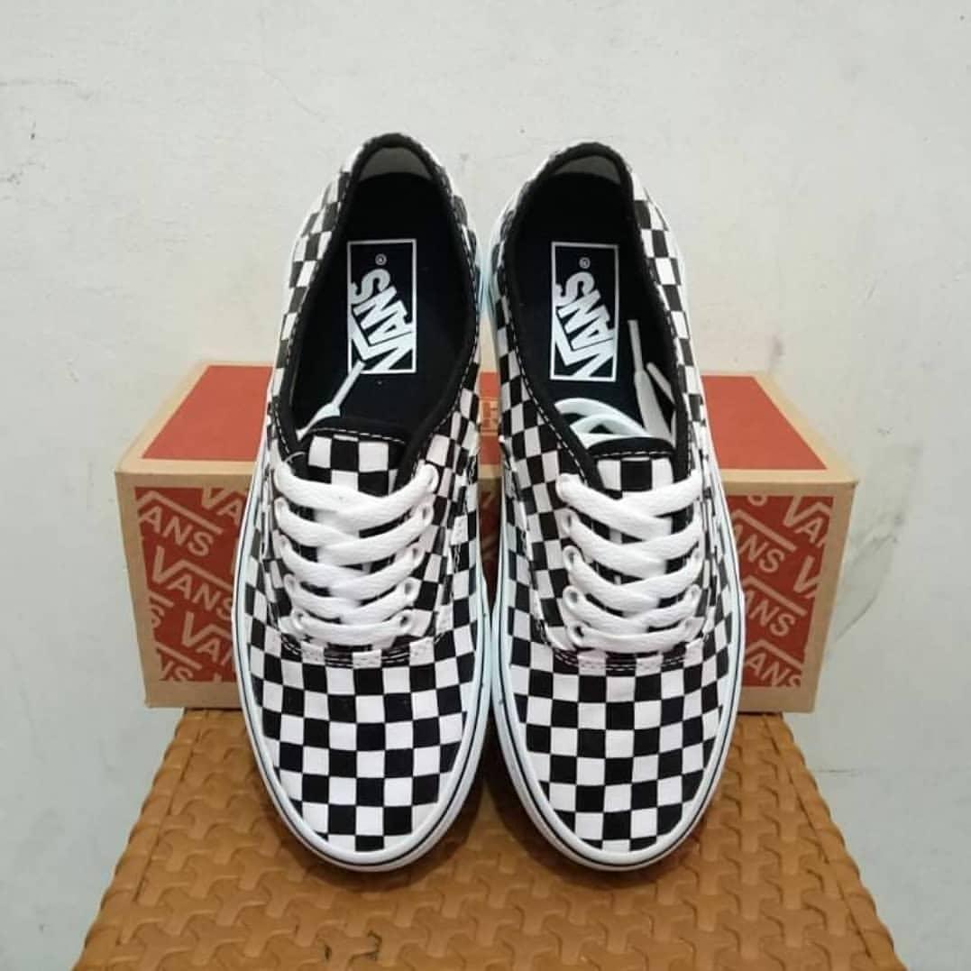 Promo Diskon Sepatu Sneakers Priawanita Vans Oss Casualsekolah Catur ... 859d81f7ea