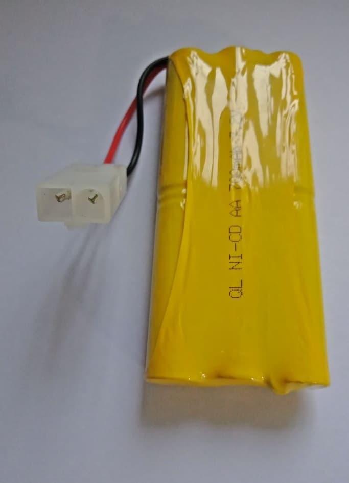 Battery / Baterai / Batre Ni-Cd AA 700mAh 7.2V Soket Putih RC Car - 3