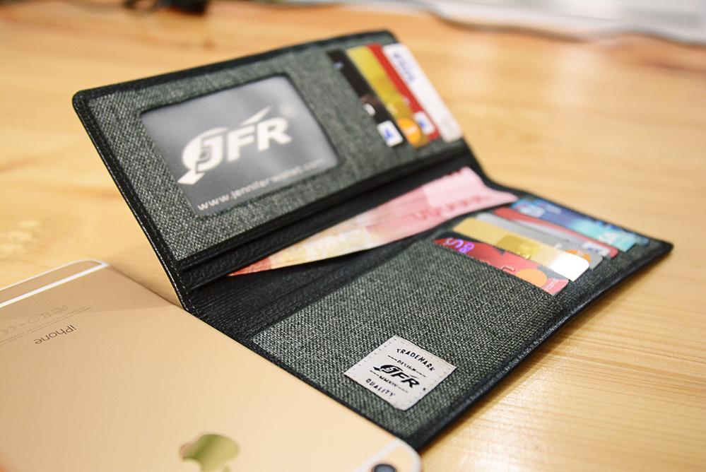 JFR Fashion Dompet Pria Kulit Asli Variasi Canvas JC04 milik Tas & Travel > Tas Pria > Dompet & Aksesori Pria > Dompet Pria > Bags & Travel. Merek JFR.