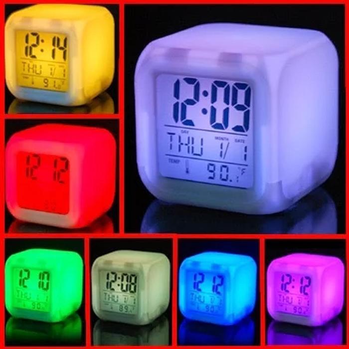 Jam Weker-Digital Glowing Alarm Clock 7 LED Color change - 3 .