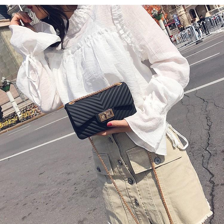 Tas Fashion jelly matte mini bag import free boneka dan syal jely rantai goll selempang motif v high quality import - 2