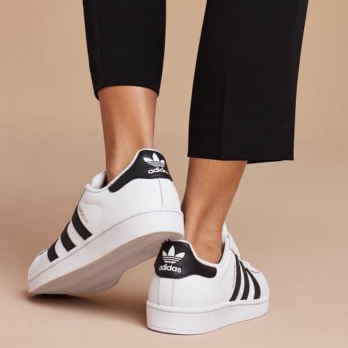 Fitur Ellen Taslim G 04 Sneakers Casual Sneakers Remaja Sneakers