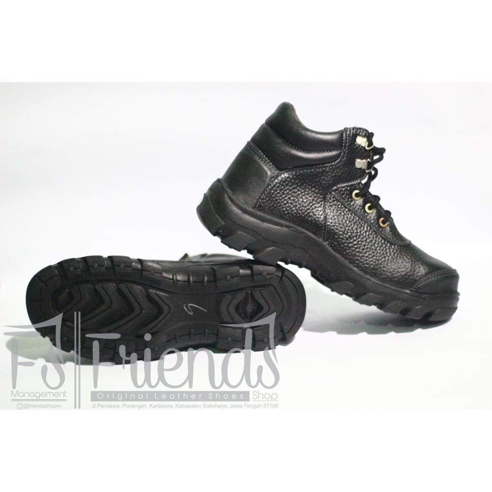 sepatu safety boots pria hitam kulit sapi SPARTAN lapangan gunung bikers  hiking 35fb12f61b