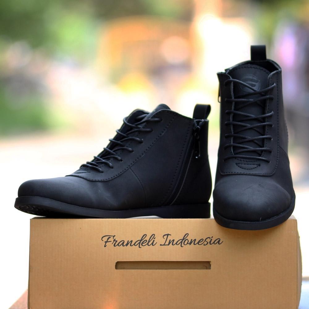 Sepatu Formal Pantofel Boots Zipper Pria HItam Coklat