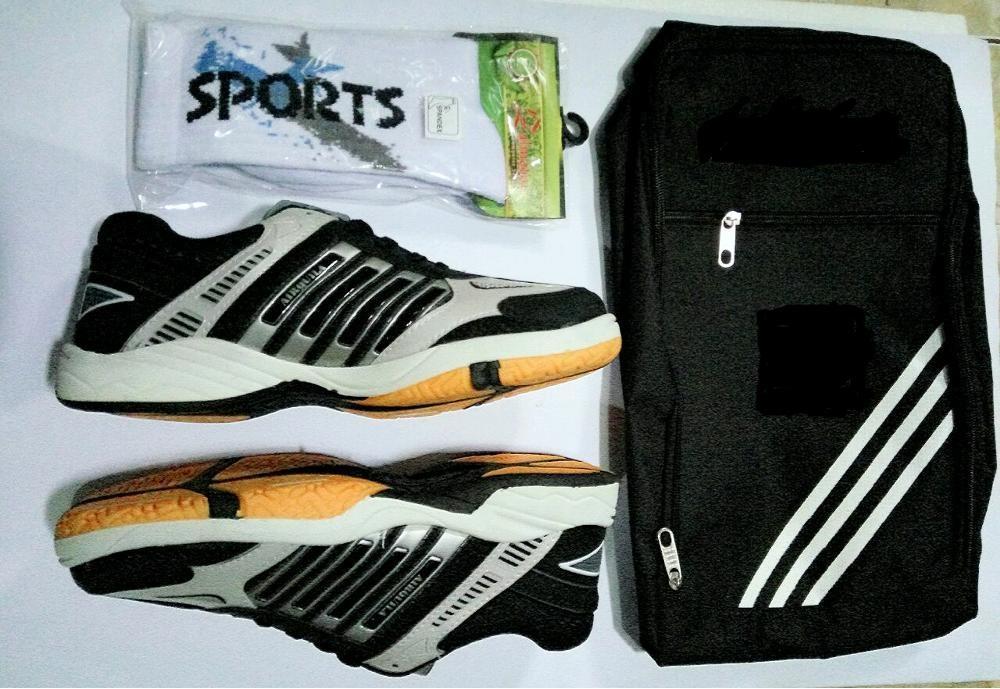 Paket Komplit Sepatu Sport Running Badminton Airquila Black