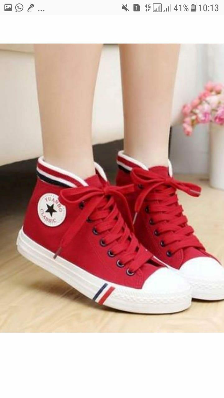 Sepatu boots bintang merah wanita murah