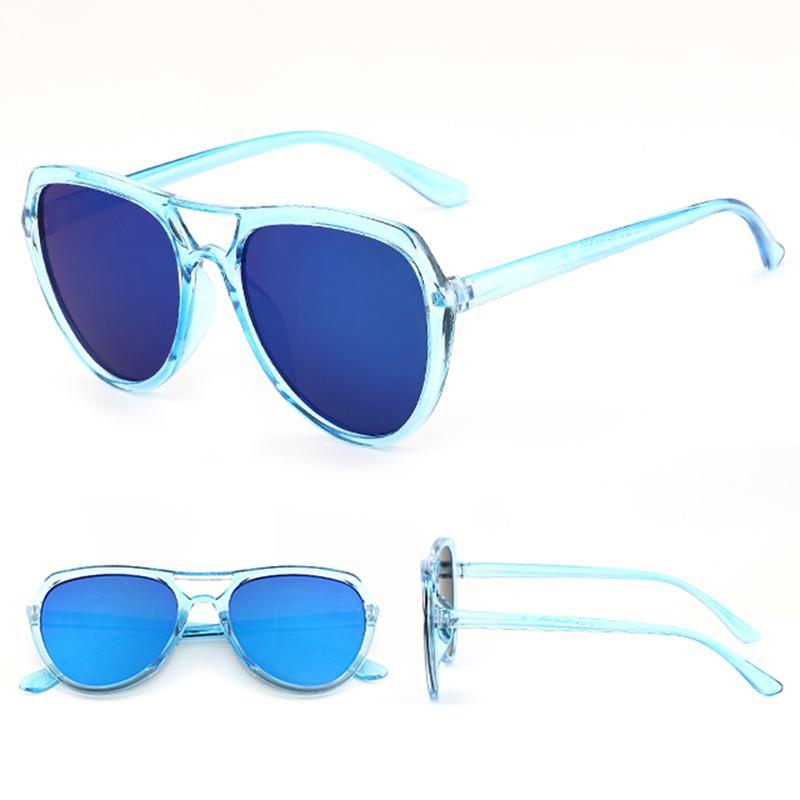 Fitur Kacamata Hitam Bintang Wanita Model Kaca Mata Besar Panjang ... ee10f528b0