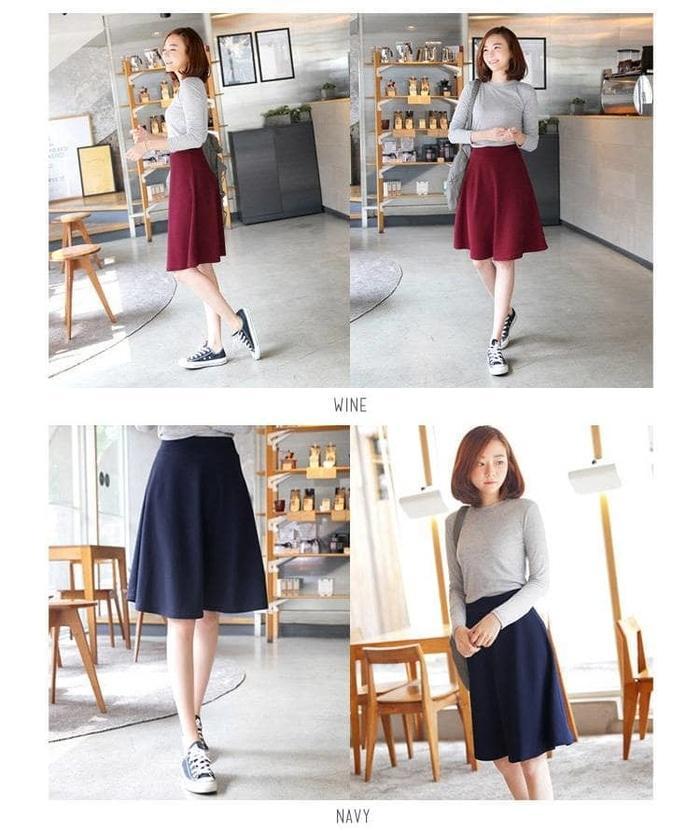 ... Midi Flare Skirt /Fashion Wanita / Rok Cewek / Rok Bahan Pendek - Hitam -