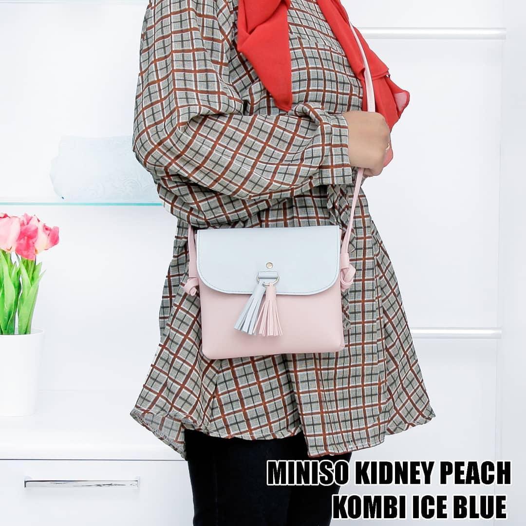 Tas Wanita Miniso Kidney Peach Kombi Ice Blue - 3 .