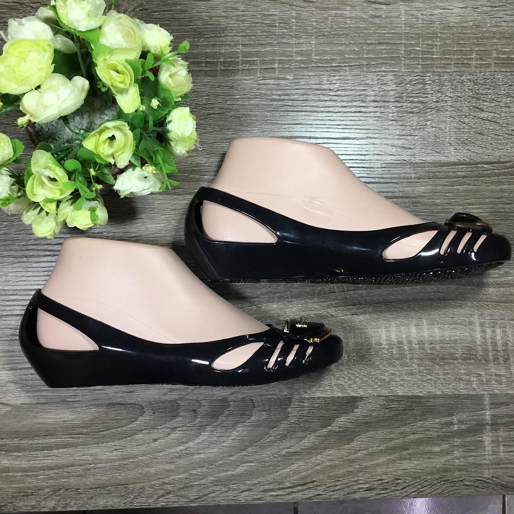 Rafishashoes-Sepatu Jelly Moon Feragamo-[Black] - 3 .