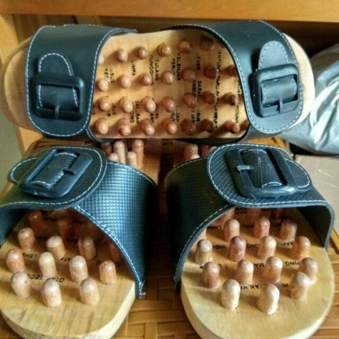 Sandal Rematik Sandal Refleksi