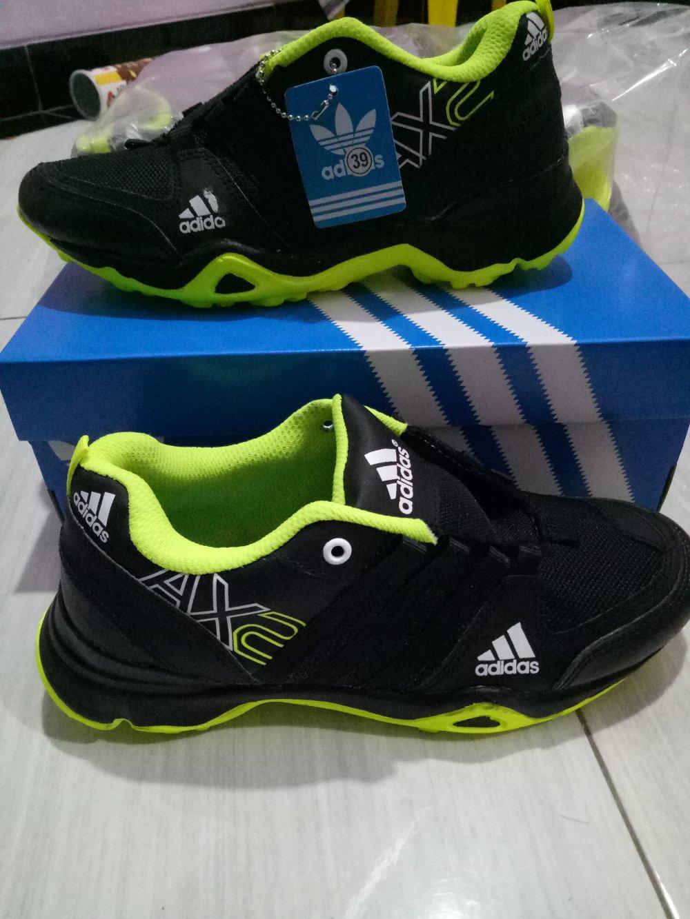 Kelebihan Sepatu Reebok Pria Sneaker Joging Lari Olahraga Sport ... d2fdfb95f0