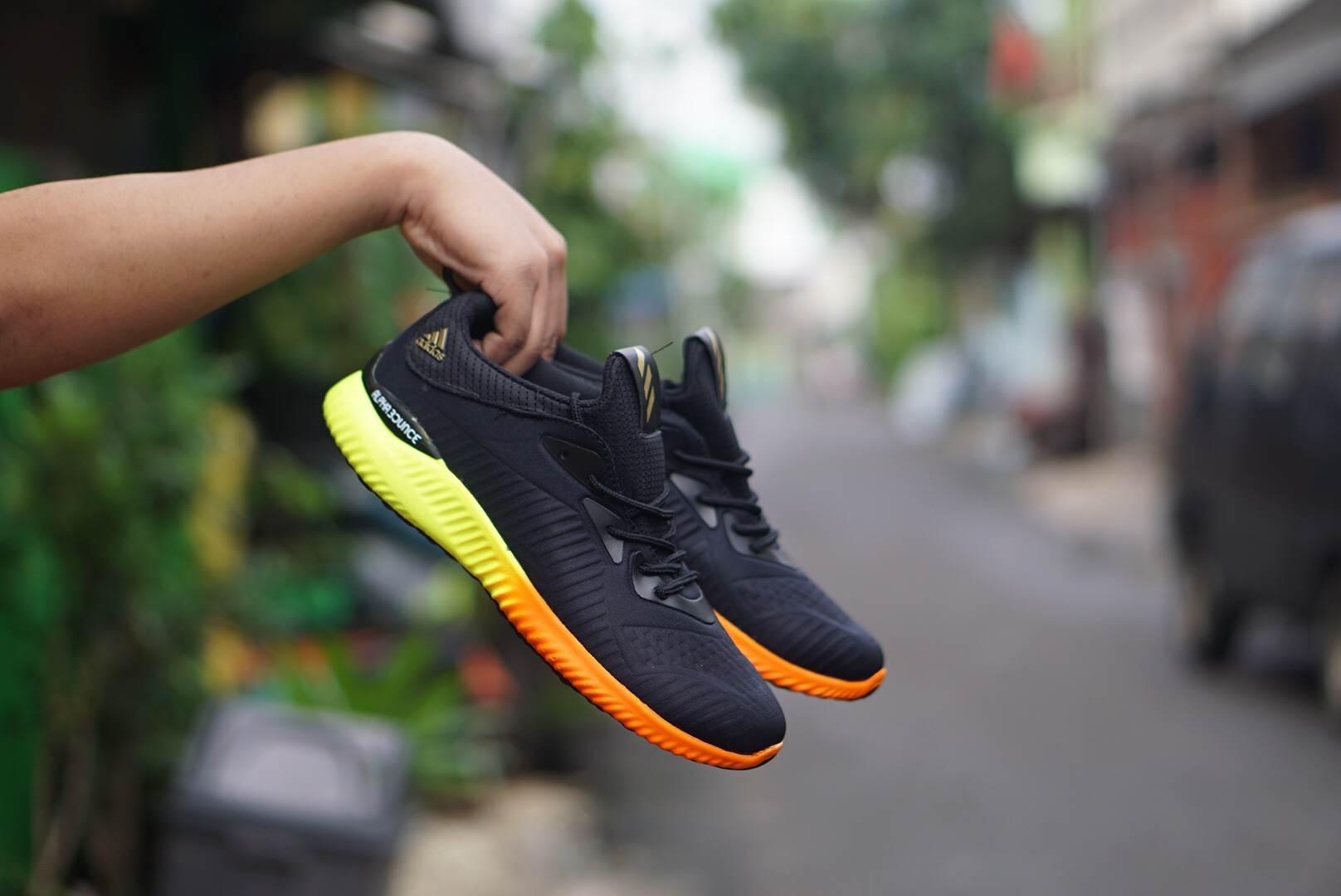 Kelebihan Sneakers Murah Nike Rosherun Cowok Olahraga Running Sepatu  Adidas Alpha Bounce Terlaris Alphabounce Sekolah Liburan Santai