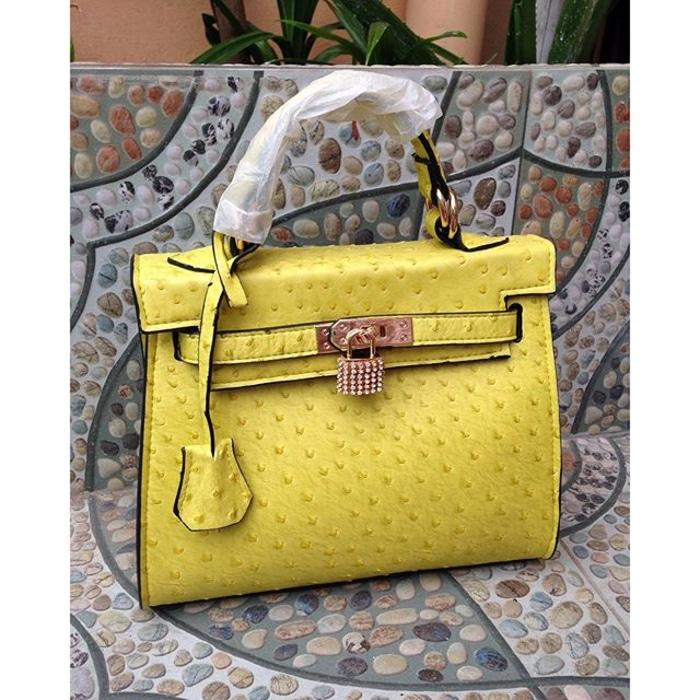 Hermes Kelly Ostrich Mini Lime