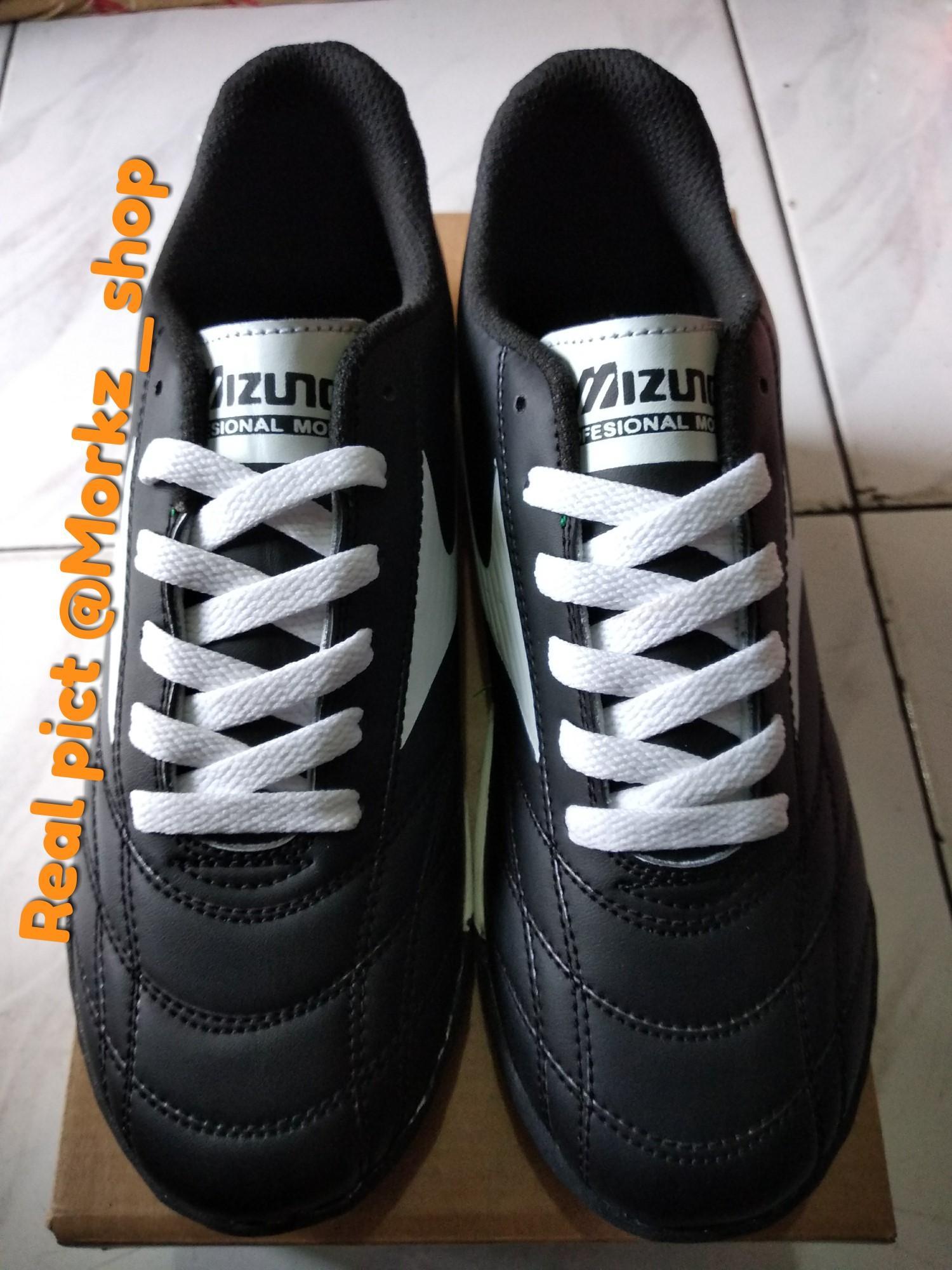 Harga Diskon Sepatu Futsal Mizuno Murah Dan High Quality Spesifikasi ... ad0ab353c5