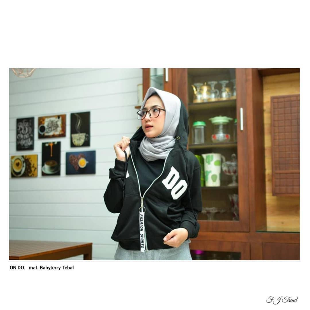 ... grosir jaket sweater baju atasan blouse rajut hijab terbaru kekinian wanita murah terbaik murah - Hanya ... Source ... Pakaian Atasan Hangat Wanita.