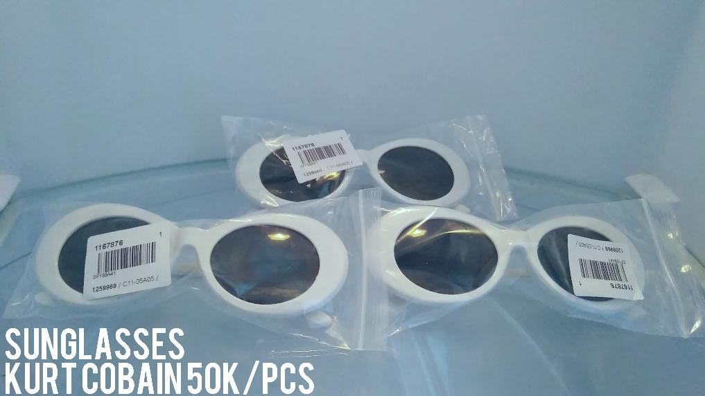 Vintage NIRVANA Kurt Cobain Round Kacamata untuk Wanita Pria Mirrored  Kacamata-Intl  5ffb6f9bc9