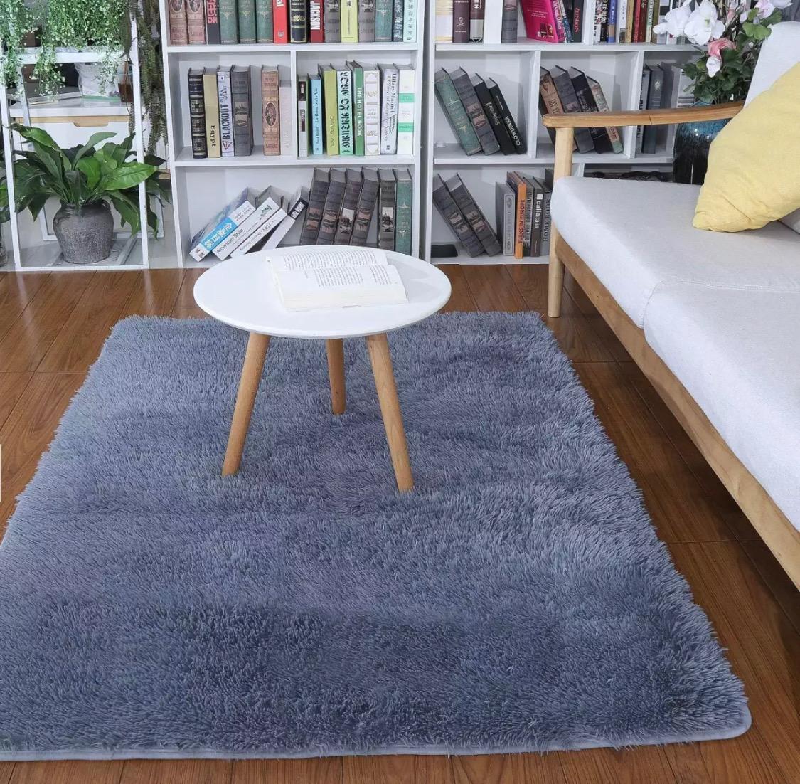 papryllia – karpet bulu ukuran 150x100cm tebal 2cm + busa ( abu – abu )