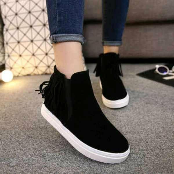 sepatu wanita fashion semi boots hitam