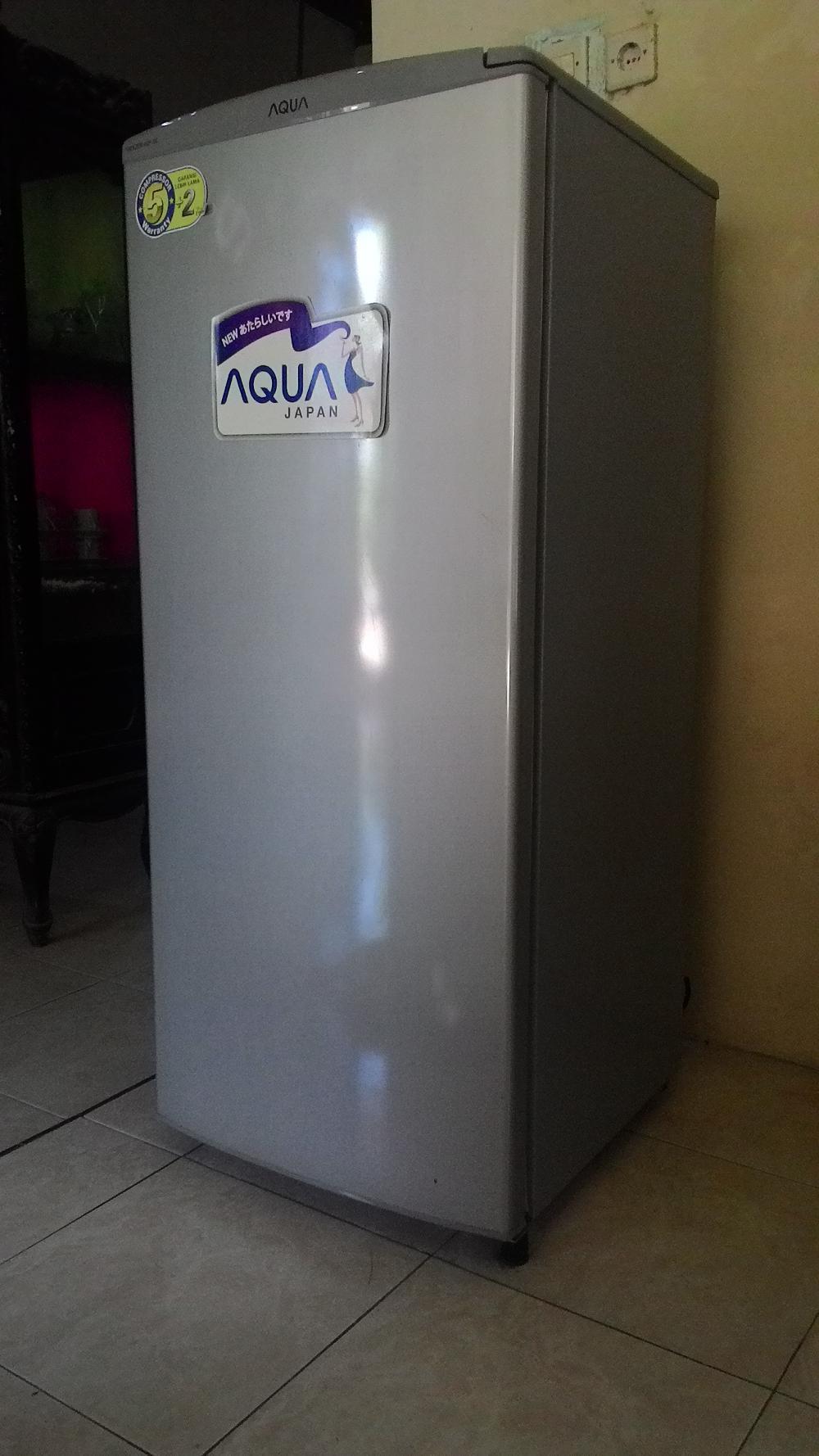AQUA AQF-S6(S) Kulkas Freezer Asi Berdiri 6 Rak AQF-S6 ...