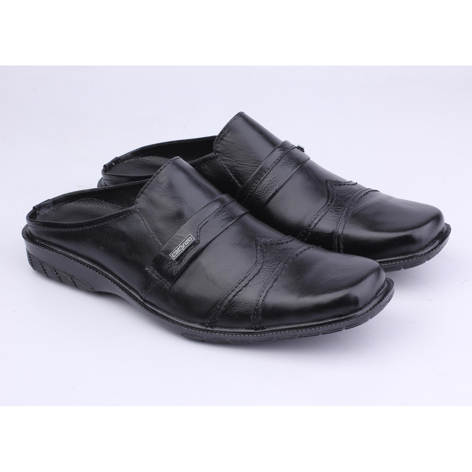 Catenzo Sandal Pantofel Kulit Pria - Sepatu Sandal YA 042 - Hitam