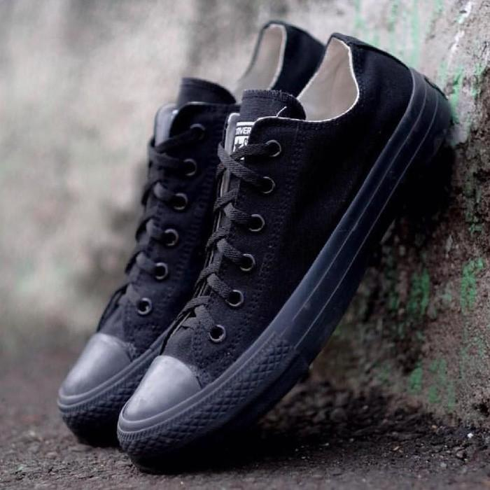 harga Sepatu Converse All Star Full Black  Hitam Plus Box - Ue7wpg Lazada.co.id