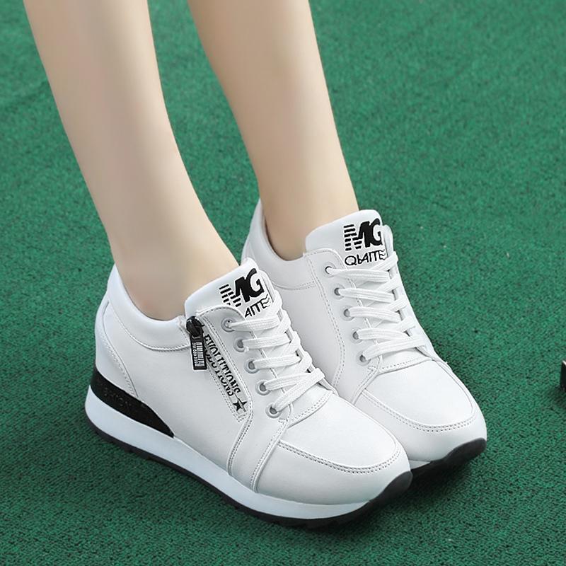 Sepatu Lapisan Tunggal Wanita Sol Tebal (Putih) (Putih)