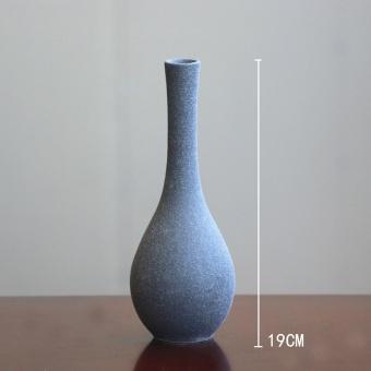 GN Sederhana Modern Putih dan Vas Keramik Hitam-Intl