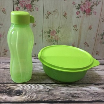 Tupperware green lunch box set (2pcs/set)