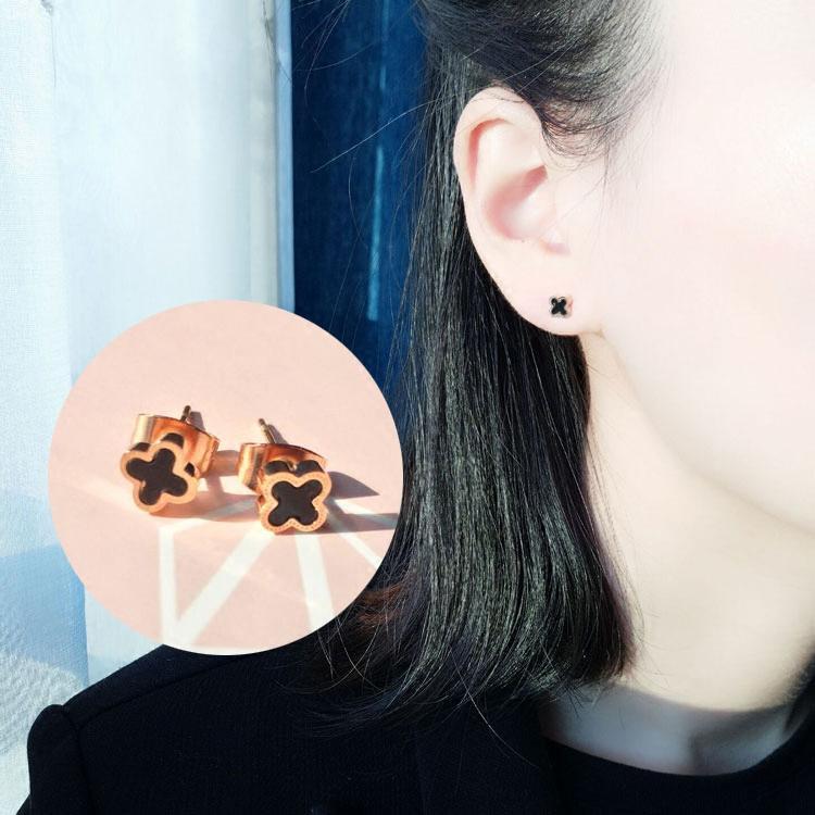 ... Mini baja titanium Anting tindik wanita Elegan Korea Selatan minimalis Sangat Kecil kepribadian Emas Mawar berlapis ...