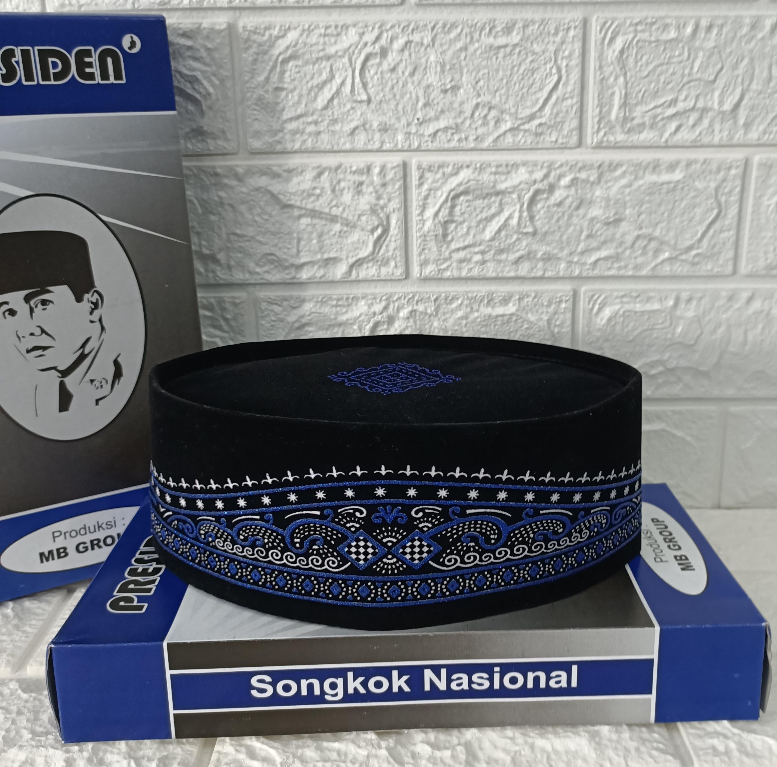 promo  peci kopiah songkok nasional hitam beludru motif batik warna biru-peci batik sablon warna biru bahan halus nyaman berkulitas-bisa bayar ditempat