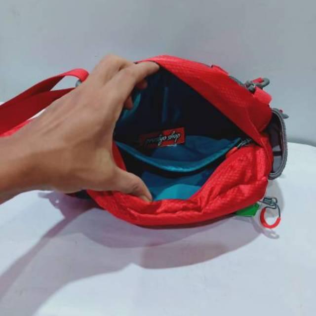 Tas selempang pinggang consina pasele merah kantong hitam - 5