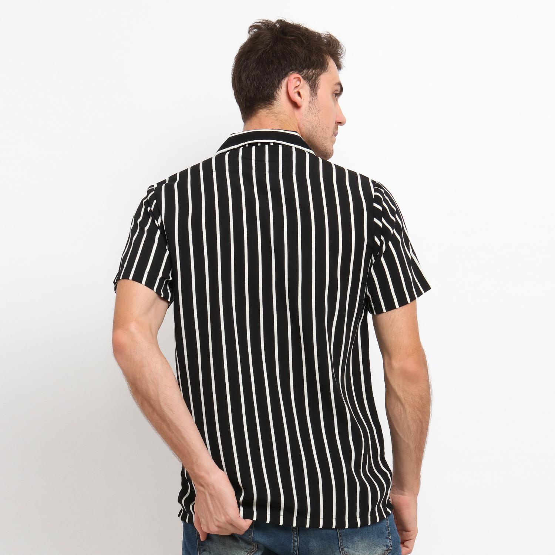 Detail Gambar MENTLI Kemeja Pria Stripe - Sandy Casual Shirt Terbaru
