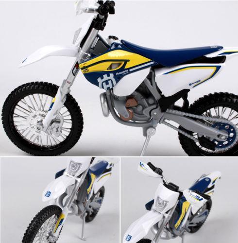 ... 1/12 Balap Sepeda Motor Model Sepeda Motor Tampilan Mainan - 4