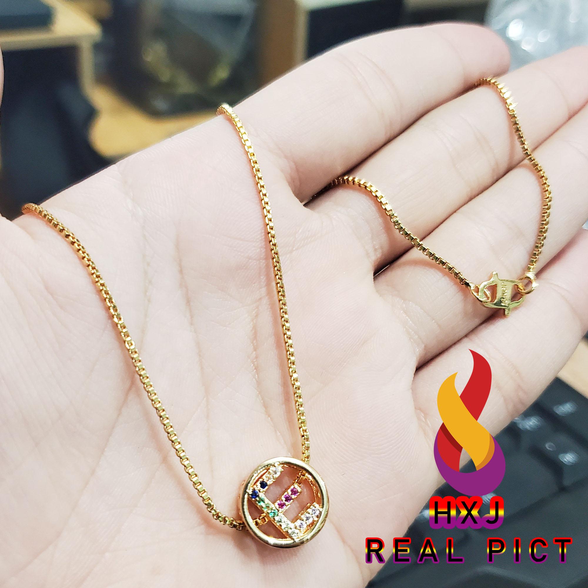 kalung huruf a – z xuping gold perhiasan fashion wanita liontin inisial huruf  liontin lingkaran cantik itali xuping gold wanita fashion