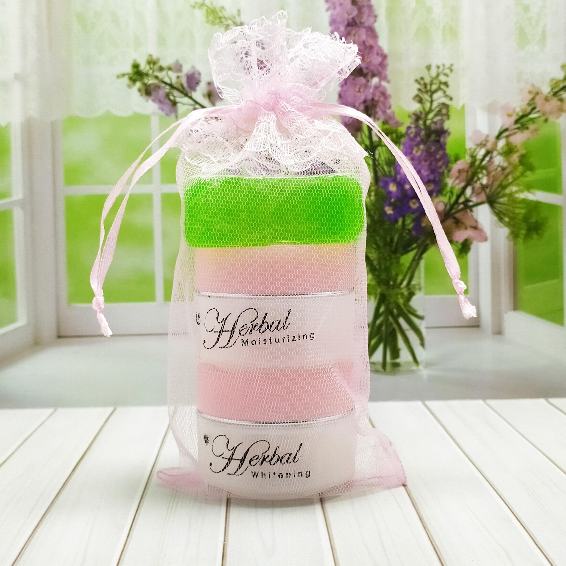 herbal whitening cream – krim herbal pemutih wajah 30 tahun kebawah – pink