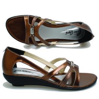 Basama Soga Sandal Wedges Wanita 244- Coklat