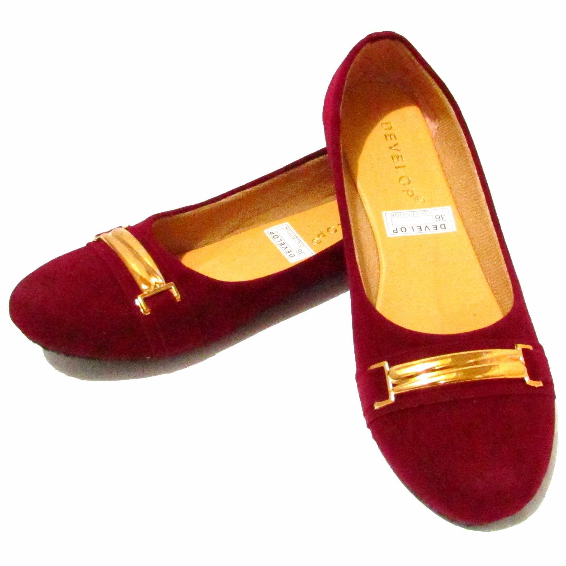 ... Bandingkan Toko Binev Sepatu Slip On Wanita Develop 003 Maroon harga baru Hanya Rp28 674