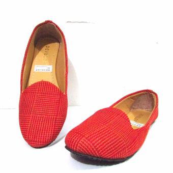Bandingkan Toko Binev Sepatu Slip On Wanita Develop 003 - RED harga baru - Hanya Rp28