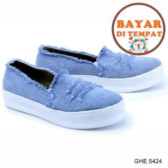 Garsel Sepatu Slip On Wanita Modis Dan Trendy GHE 5424 - Blue