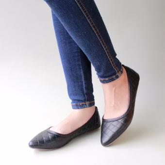 Gratica Sepatu Flat Shoes B05C - Hitam